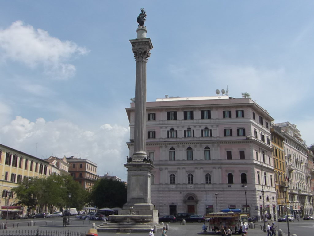 Piazza basilica papale